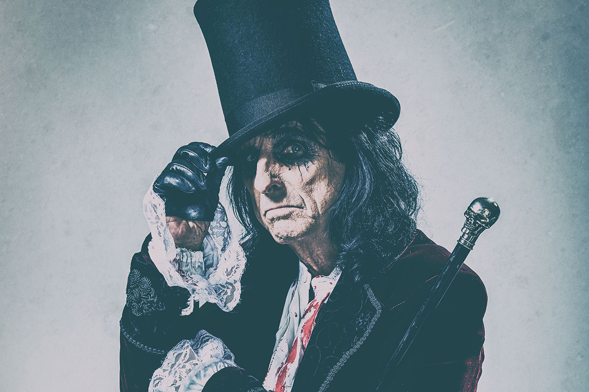 Alice Cooper OL' BLACK EYES IS BACK WITH GUEST LITA FORD @ Jubilee Auditorium